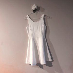 NWOT H&M white dress